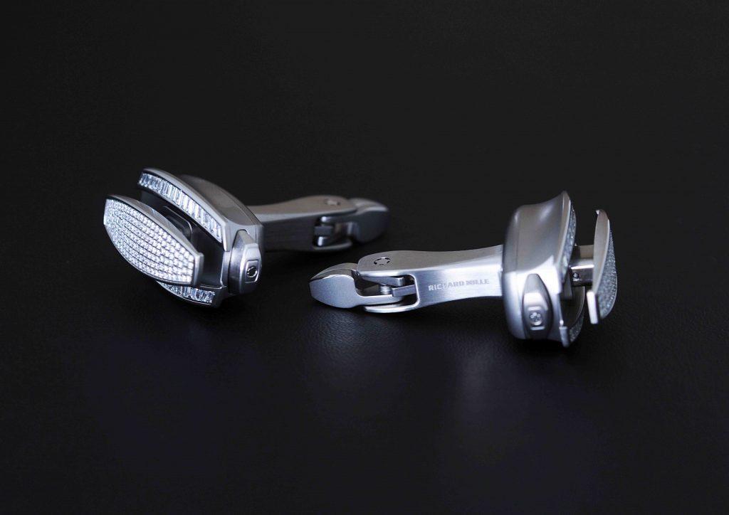 botões de punho mecânicos