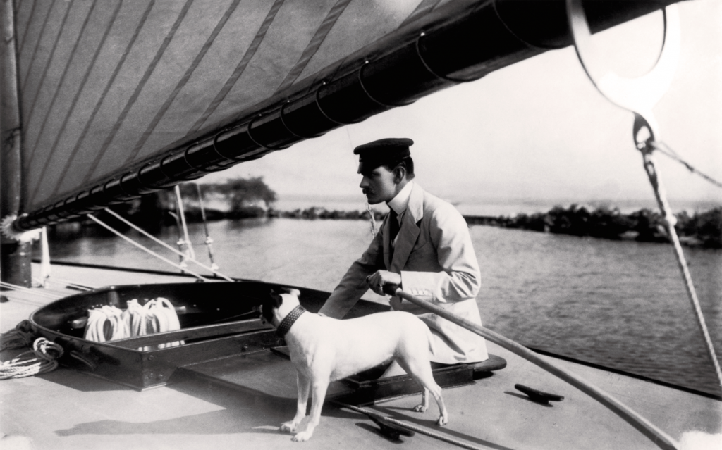 louis_cartier_sailing_on_lake_geneva