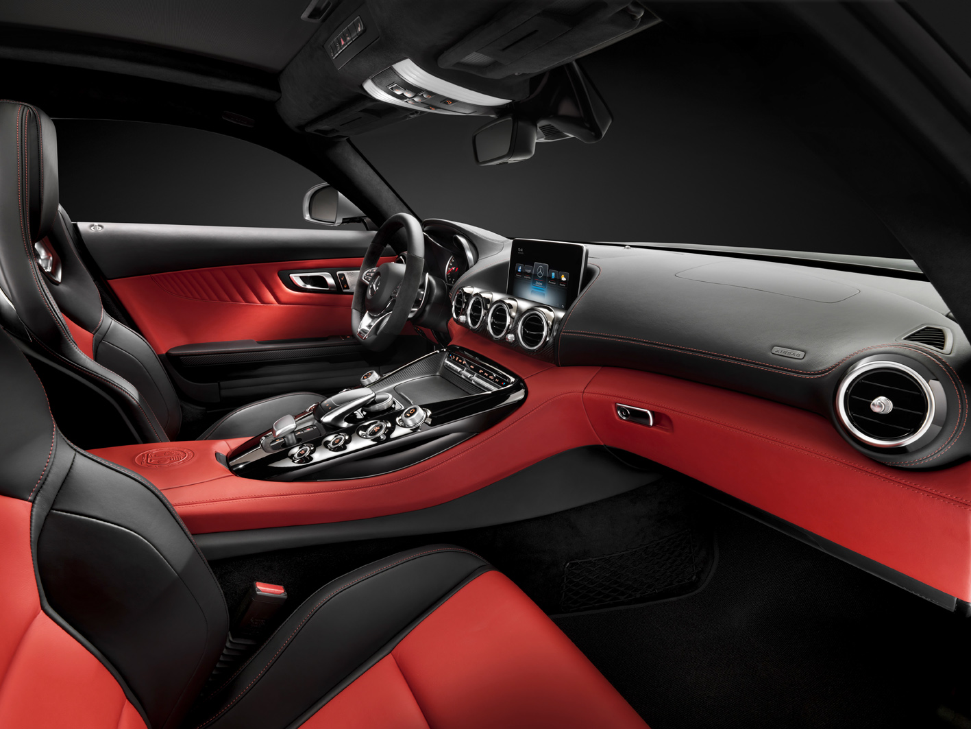 O interior do novo Mercedes-AMG GT