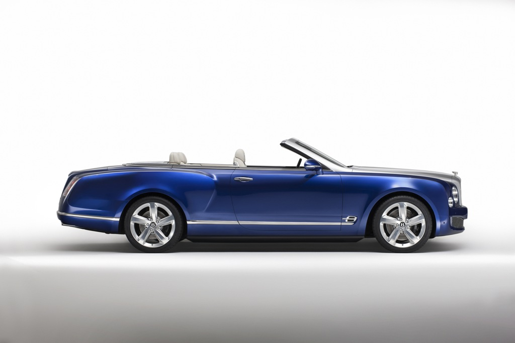 Novo Bentley Grand Convertible
