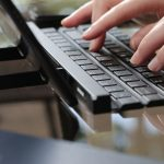 O novo LG Rolly Keyboard