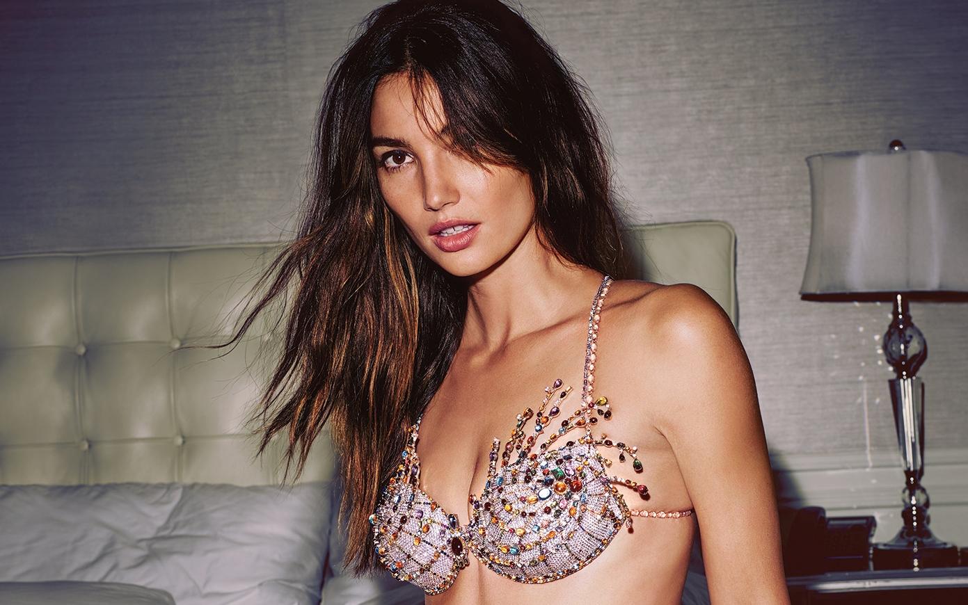 Victoria's Secret revela soutiã de 2 milhões