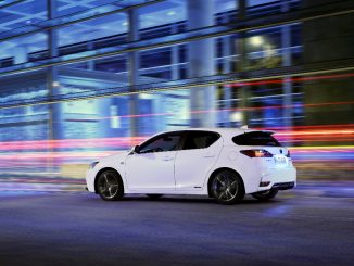 Lexus CT 200h Urban Edition